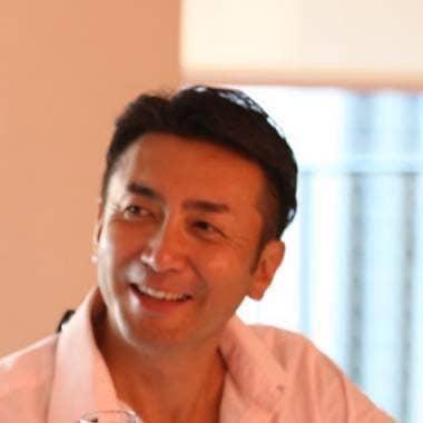 Atsuhiro J. Sakata
